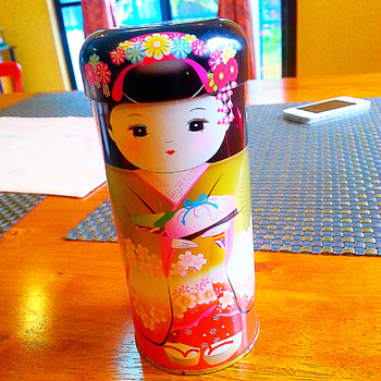 KOKESHI-designed Container - Dolls