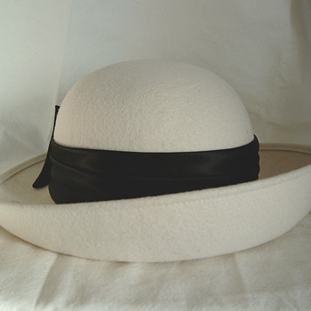 The T. Eaton Co Limited, Winnipeg Vintage Michael Howard Hat - Hats