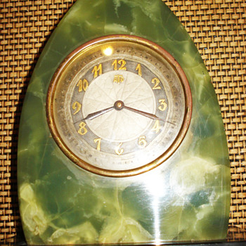 Green and Black Oynx, Original Leon Hatot ATO Art Deco Clock, 1930's - Art Deco