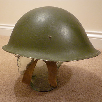 British WWII MKIII steel helmet