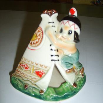 ceramic tee pee ash trey