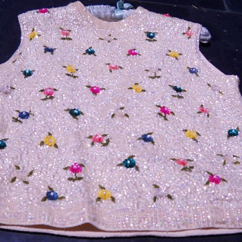 Sara&#039;s Las Vegas Sequin Shell top