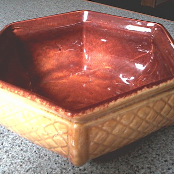 Haeger Hexagon Basket Weave Planter  / Circa 1950-60's - Art Pottery