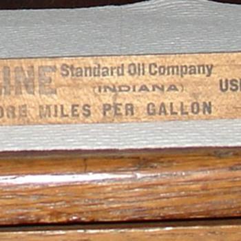 Standard Oil Company...Atwater Kent Gasoline Gauge...Patent May 18, 1909 - Petroliana