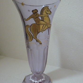 Trichrotic, rare earth, Deco period Glass vase.
