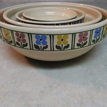 STONEWARE BOWL SET  - China and Dinnerware