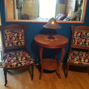 Eastlake parlor chair (day of the dead)