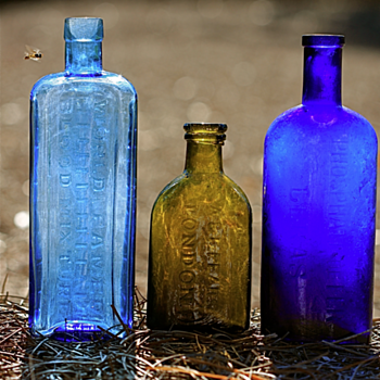 ****European Medicines dug in Savannah**** - Bottles