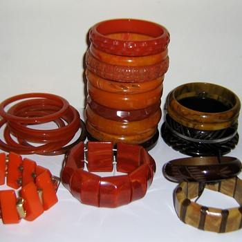 Orange to brown bakelite & 2 other plastic bracelets - Costume Jewelry