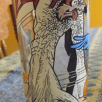 Roadrunner and Wile E. Coyote 1976 Pepsi Collector Series - Glassware