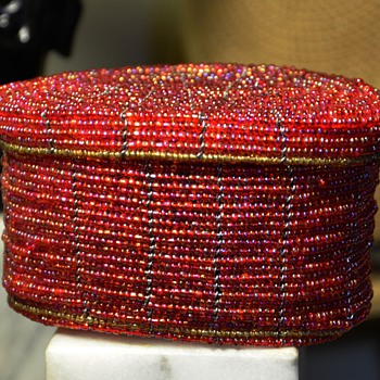 Glass-beaded Oval Covered Box