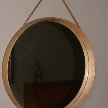luxus sweden mirror by u&o Kristiansson