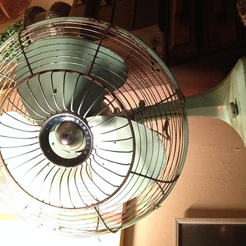 Large Mitsubishi fan