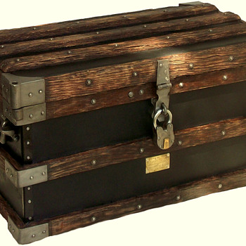 Restored VANDERMAN Trunk
