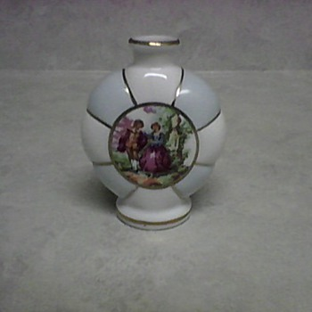IRICE VASE - Art Pottery