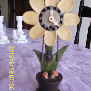 Wooden Flower Clock - Clocks