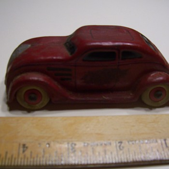 SOLID RUBBER 1934 CHRYSLER AIR FLOW CAR - Model Cars