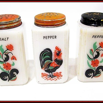MILK GLASS - Salt & Pepper Shakers  ( TIPP USA )