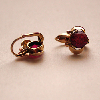 earrings, gold + spinel