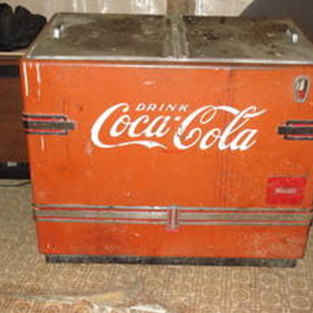 1952 ice cooler - Coca-Cola