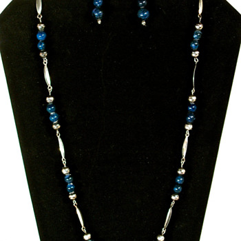 LAPIS LAZULI & SILVER BEAD NECKLACE & EARRING SET