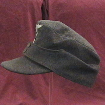 WW II German Luftwaffe M 43 Soft Cap - Military and Wartime