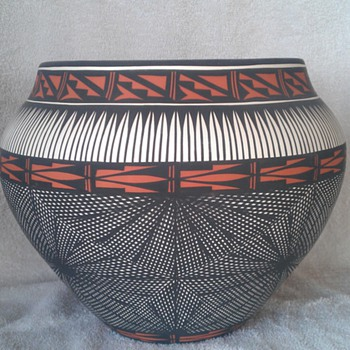 Acoma Olla - Native American