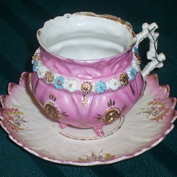mystery antique tea cup and saucer - China and Dinnerware
