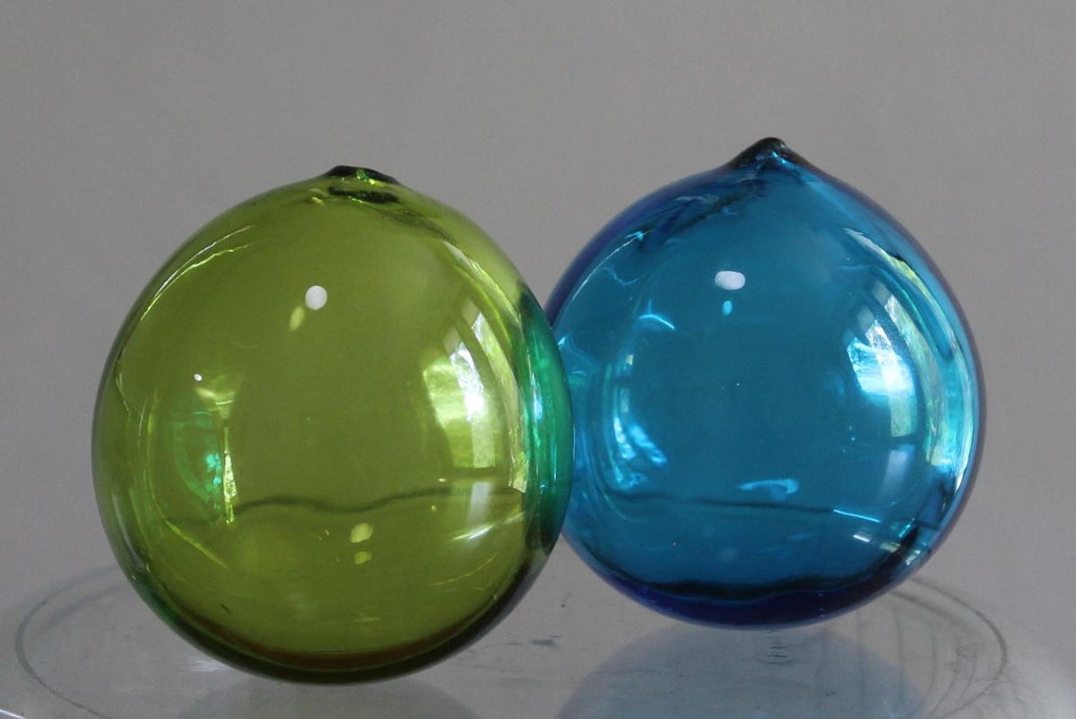 Japanese glass fishing floats collectors weekly for Japanese glass fishing floats