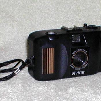 Vivitar EZ35 35mm Camera - Cameras