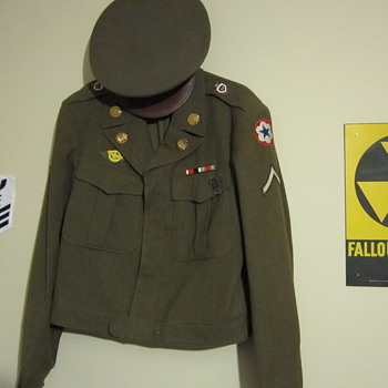 WWII Army Jacket - Military and Wartime