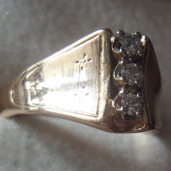 My grandmother's 14K diamond ring