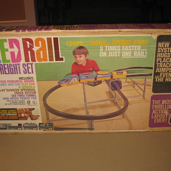 remco  train set never opened - Model Trains