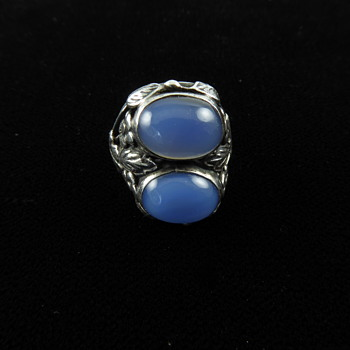 Arts and Crafts chalcedony ring