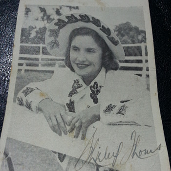 SHIRLEY THOMS..AUSTRALIA'S 1ST FEMALE YODELLER - Cards