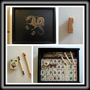 Unidentifed Mahjong set - Asian