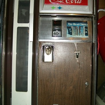 2 old coke machines - Coca-Cola