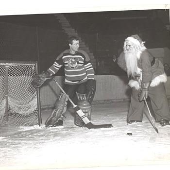 Santa Hockey Photo Providence Reds Howe Rookie photo
