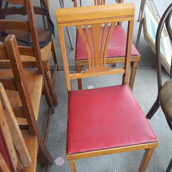 VINTAGE FOLDING CHAIRS - Furniture