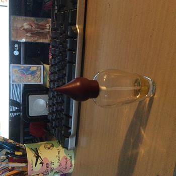 Can anyone identify this bottle of  Eau de Parfum?