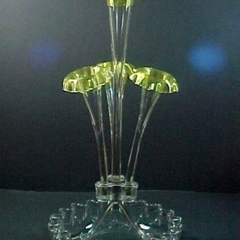 "19"" Antique Chartreuse Green Threaded Art Glass Epergne - Art Glass"
