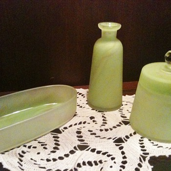 Glass Dresser Set Mystery - Art Glass