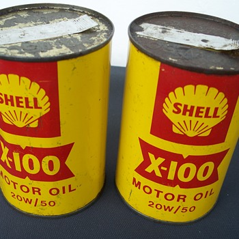 Vintage Shell oil tins