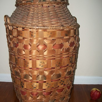 "Woodlands Native American ""Potato Stamped"" Storage Basket LARGE - Native American"