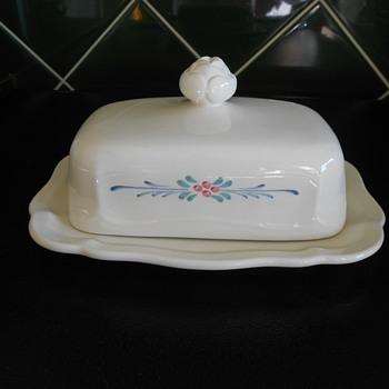 Sodahl Butter Dish. - Kitchen