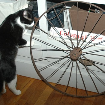 Is this a antique bicycle wheel?