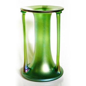 Loetz vase designed by Josef Hoffmann, 1900. Commision of E. Bakalowitz Söhne, Vienna. Prod. No. COM 85/3804 - Art Glass