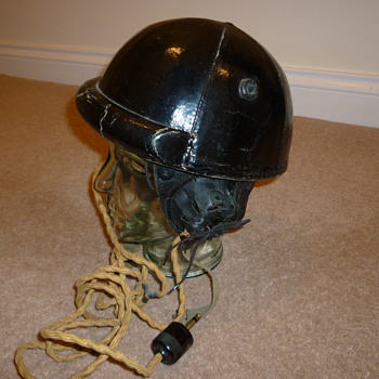 WW11 Canadian tank crew helmet