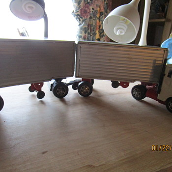 TIN TOY TRACTOR  W/PUP TRAILERS - Toys