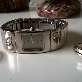 $1.00-----> 2 Sterling Rings & A Fossil Steel Analog Wristwatch, Thirft Shop Finds - Fine Jewelry